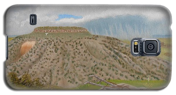 Galaxy S5 Case featuring the painting Tucumcari Mountain Reflections On Route 66 by Sheri Keith