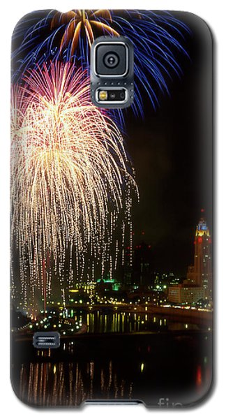 21l106 Red White And Boom Fireworks Photo Galaxy S5 Case