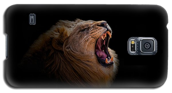 Galaxy S5 Case featuring the photograph African Lion by Peter Lakomy
