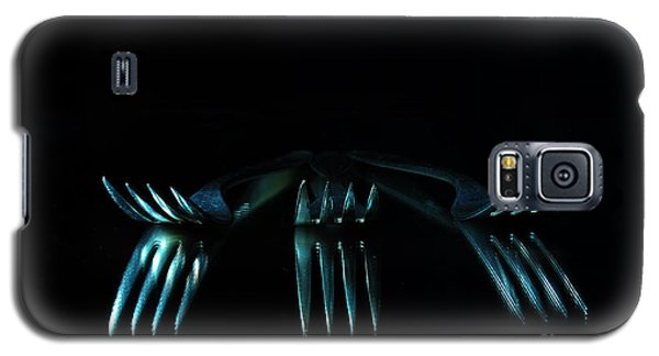 Galaxy S5 Case featuring the photograph 3 Forks by Randi Grace Nilsberg