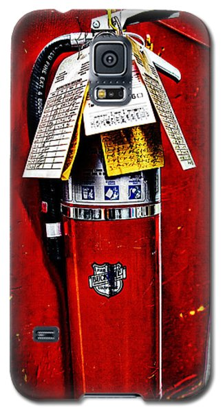 Grungy Fire Extinguisher Galaxy S5 Case