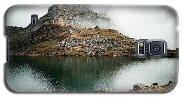 Galaxy S5 Case featuring the photograph Mountain Lake Gosaikunda Himalayas by Raimond Klavins