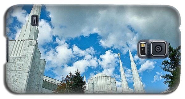 Galaxy S5 Case featuring the photograph Portland Oregon Lds Temple by Nick  Boren
