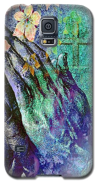 Praying Hands Flowers And Cross Galaxy S5 Case