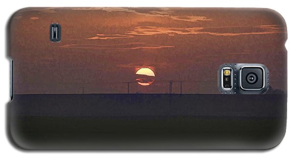 The Setting Sun In The Distance With Clouds Galaxy S5 Case
