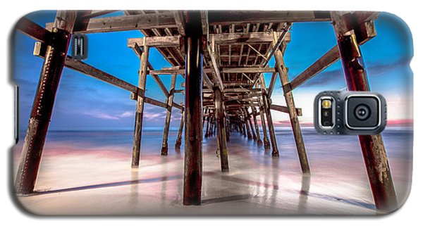 30 Seconds Under San Clemente Pier Galaxy S5 Case by Robert  Aycock