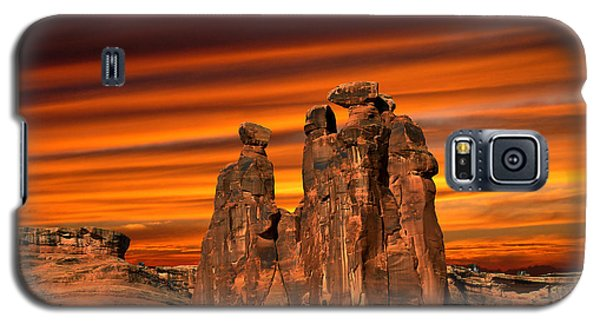 3712 Galaxy S5 Case by Peter Holme III