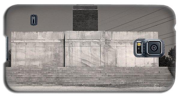 Lenins Boots-budapest Memento Park-communist Statues Park Galaxy S5 Case