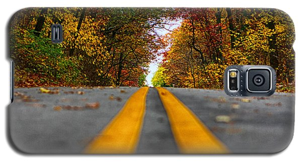 Galaxy S5 Case featuring the photograph Fall Colors by Jerome Lynch