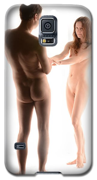 Galaxy S5 Case featuring the photograph 4156 Man And Woman As Couple by Chris Maher