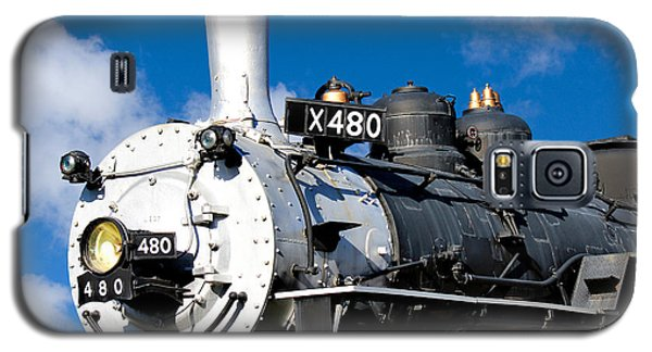 Galaxy S5 Case featuring the photograph 480 Locomotive by Sylvia Thornton