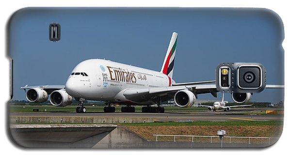 Emirates Airbus A380 Galaxy S5 Case by Paul Fearn