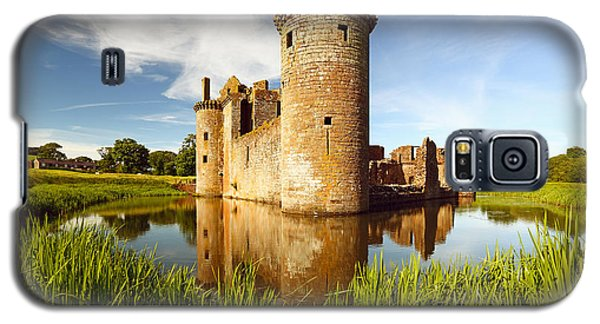 Castle Galaxy S5 Case - Caerlaverock Castle by Grant Glendinning