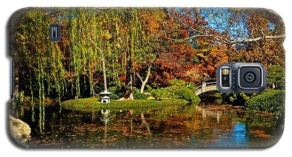 Galaxy S5 Case featuring the photograph Japanese Gardens by Ricardo J Ruiz de Porras
