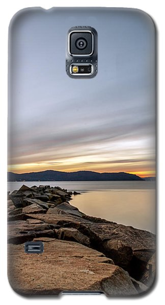 Galaxy S5 Case featuring the photograph 60secs Of Light by Anthony Fields
