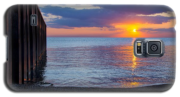 Galaxy S5 Case featuring the photograph 8.16.13 Sunrise Over Lake Michigan North Of Chicago 001 by Michael  Bennett