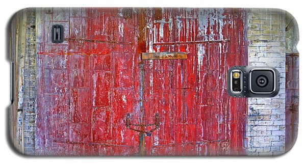 8th Floor Warehouse Door Galaxy S5 Case by Don Nieman