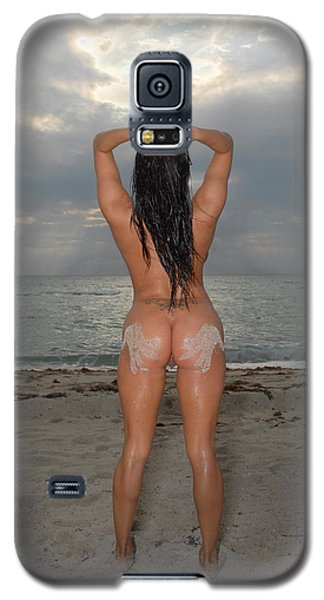 9524 Sandy Hand Prints On Beautiful Nude Woman's Bare Backside Galaxy S5 Case