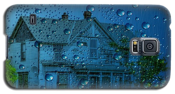 Galaxy S5 Case featuring the photograph A Bit Of Whimsy For The Soul... by Liane Wright