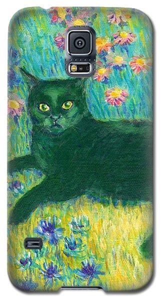 A Black Cat On Floral Mat Galaxy S5 Case by Jingfen Hwu