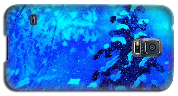 Galaxy S5 Case featuring the painting A Blue Christmas by Gretchen Allen
