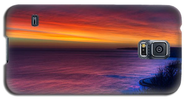 A Bright Colored Sunrise Panoramic At Scarborough Uk Galaxy S5 Case