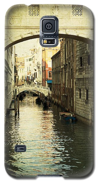 Galaxy S5 Case featuring the photograph A Canal In Venice by Ethiriel  Photography