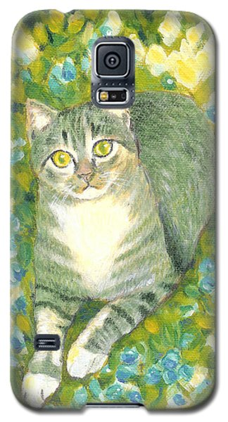 Galaxy S5 Case featuring the painting A Cat And Flowers by Jingfen Hwu