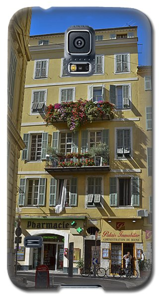 Galaxy S5 Case featuring the photograph A Corner In Nice by Allen Sheffield