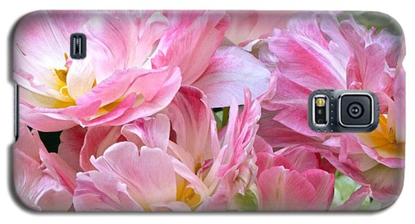 A Crowd Of Tulips Galaxy S5 Case by Byron Varvarigos