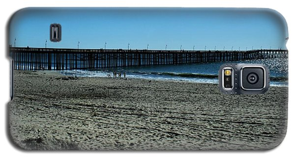 Galaxy S5 Case featuring the photograph A Day At The Beach by Michael Gordon