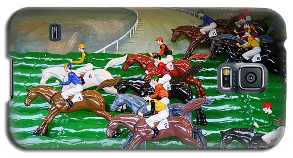 A Day At The Races Galaxy S5 Case by Richard Reeve