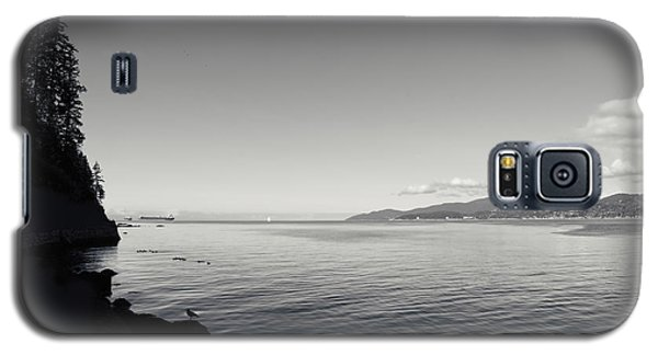 Galaxy S5 Case featuring the photograph A Drop In The Ocean by Lisa Knechtel