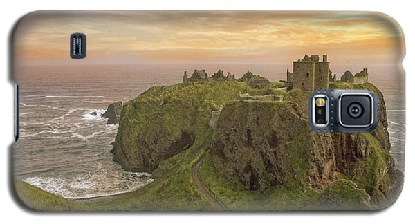 A Dunnottar Castle Sunrise - Scotland - Landscape Galaxy S5 Case