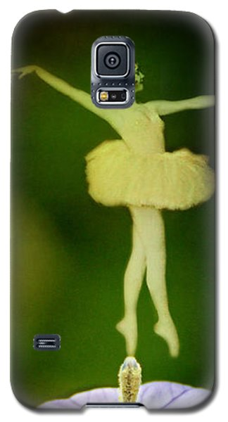 A Fairy In The Garden Galaxy S5 Case by Rebecca Sherman