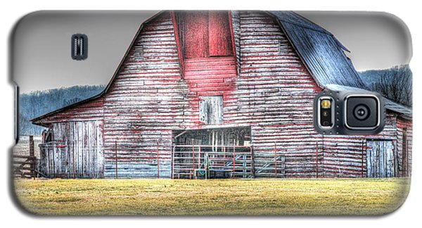 A Fine Barn Galaxy S5 Case by Linda Segerson
