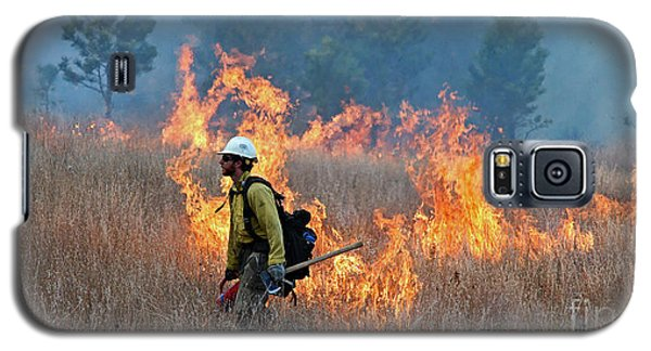 A Firefighter Ignites The Norbeck Prescribed Fire. Galaxy S5 Case