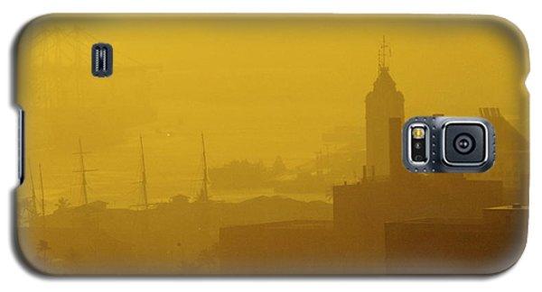 A Foggy Golden Sunset In Honolulu Harbor Galaxy S5 Case