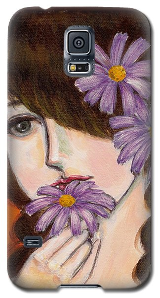 A Girl With Daisies Galaxy S5 Case by Jingfen Hwu