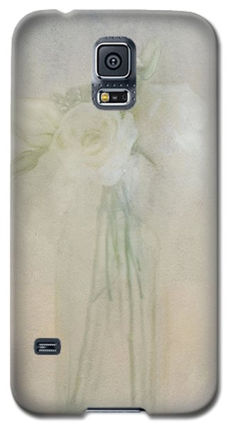 Galaxy S5 Case featuring the photograph A Glimpse Of Roses by Annie Snel