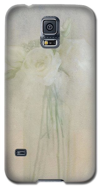 A Glimpse Of Roses Galaxy S5 Case