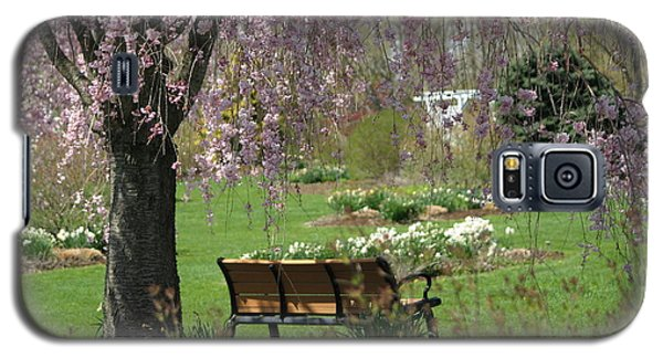 A Good Place To Read A Book Galaxy S5 Case by Living Color Photography Lorraine Lynch
