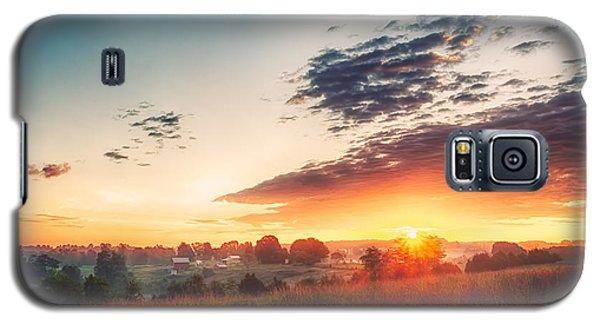 A Goode Sunrise Galaxy S5 Case