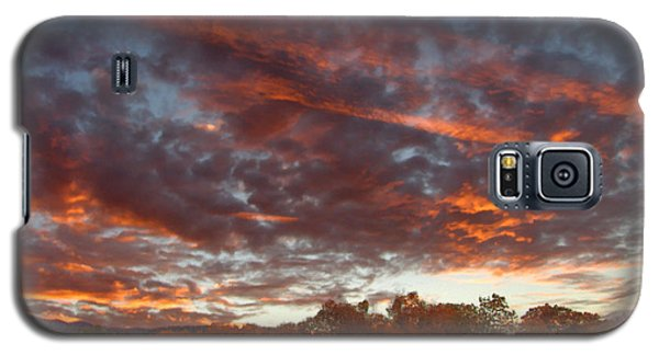A Grand Sunset 2 Galaxy S5 Case by Glenn McCarthy Art and Photography