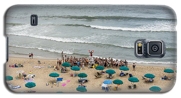 A Lifeguard Gives A Safety Briefing To Beachgoers In Ocean City Maryland Galaxy S5 Case