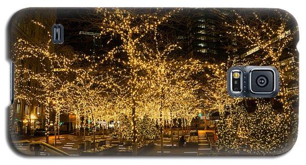 A Little Golden Garden In The Heart Of Manhattan New York City Galaxy S5 Case