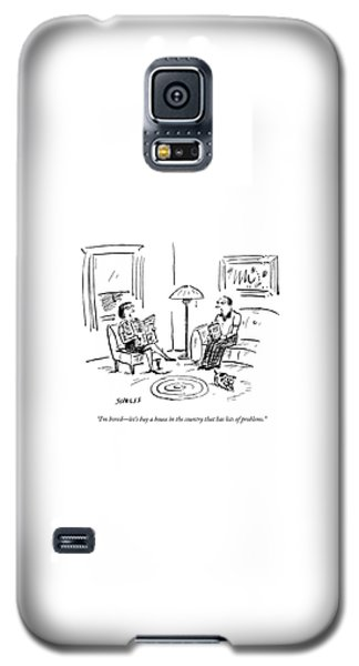 A Man And A Woman Talk In Their Living Room Galaxy S5 Case