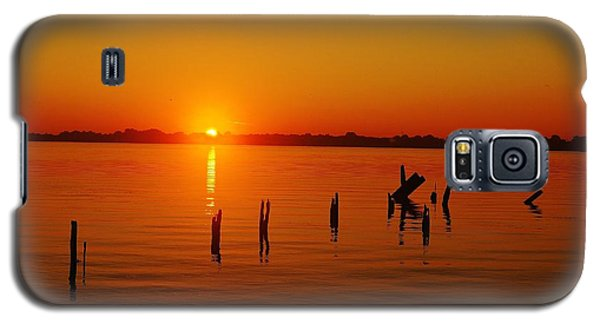 A New Day Dawns... Over Dock Remains Galaxy S5 Case
