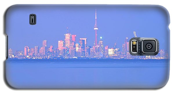 A Plan Overcast The City Sky Line  Galaxy S5 Case