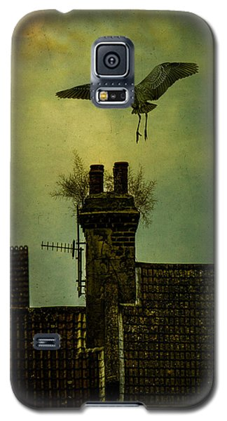 Galaxy S5 Case featuring the photograph A Room For The Night by Chris Lord